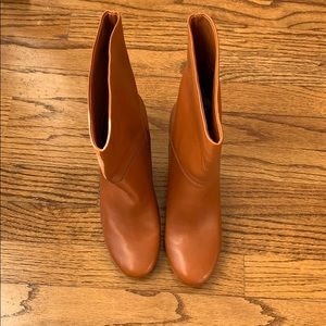 NWT Marc Jacobs tan heeled leather boot  size 39